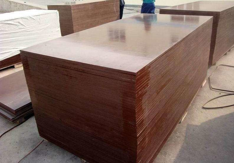 Two Hot Press Film Faced Plywood 17mm For Commercial Construction Projects